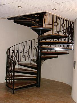 Винтовые (спиральные, круглые) металлические лестницы. Каркас винтовой лестницы. в Днепре (Днепропетровске)