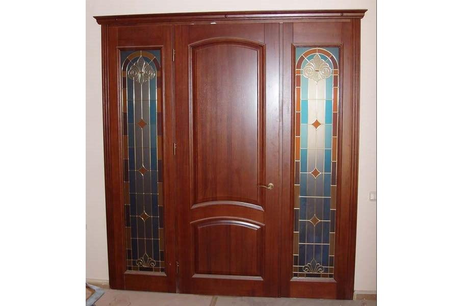 Белорусские дубовые двери - шпон и другие покрытия