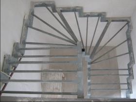 Изготовление каркаса лестницы из металла под заказ в Днепре (Днепропетровске)