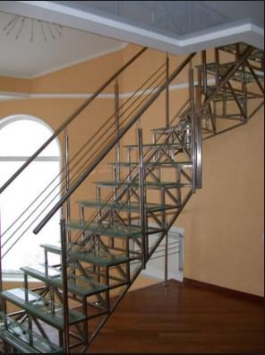 Маршевые металлические лестницы под заказ в Днепре (Днепропетровске)