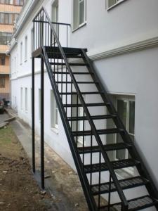 Наружные уличные лестницы