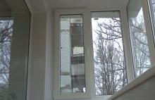Отделка балкона безшовным пластиком Днепропетровск