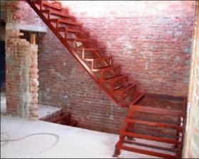 Заказать металлический каркас для лестницы. Узнать стоимость в Днепре (Днепропетровск)